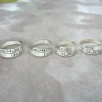 Nhẫn đôi khắc chữ theo yêu cầu