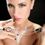 Tác hại khôn lường từ việc đeo trang sức bằng mỹ ký