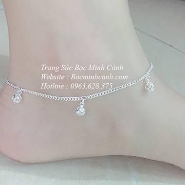 Lắc chân nữ hoạ tiết chuông nhỏ LCNU045