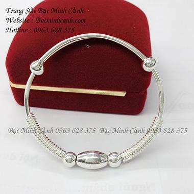 Lắc bạc trẻ em TE041