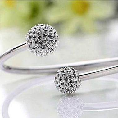 Lắc tay Dior đính đá xinh xắn LTNU039