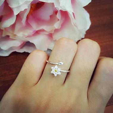 Nhẫn bạc nữ hoa mai vàng NNU079