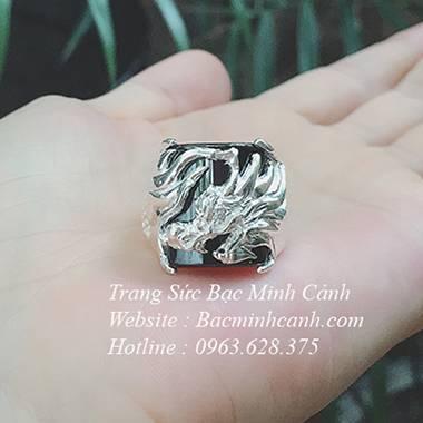Nhẫn bạc nam hình rồng đá đen NN045
