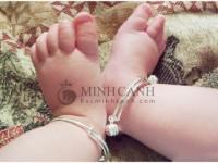Kinh nghiệm mua lắc bạc cho bé sơ sinh