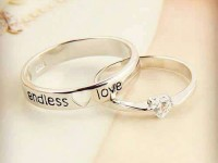 Điểm danh 3 mẫu nhẫn đôi bạc đẹp năm 2020