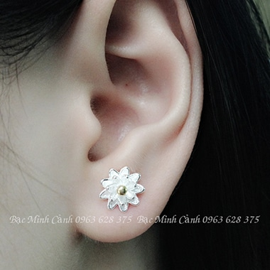 Hoa tai bằng bạc cho nữ BT056