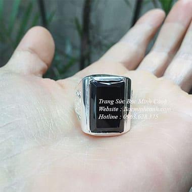 Nhẫn nam mặt đá vuông đen NN021
