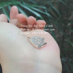 Nhẫn bạc nữ hình lá đính đá NNU086