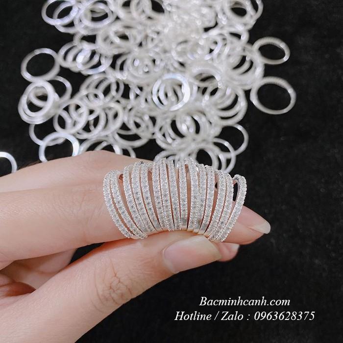 Nhẫn bạc nữ 1 hàng đá xinh xắn NNU014