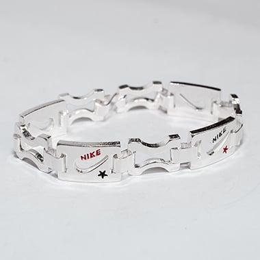 Lắc tay bạc nam hoạ tiết Nike độc đáo LTN012