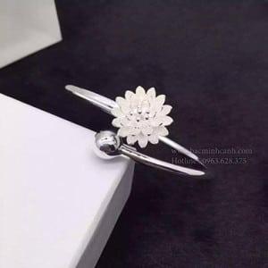 lac-tay-hoa-cuc-trang-Copy-300x300