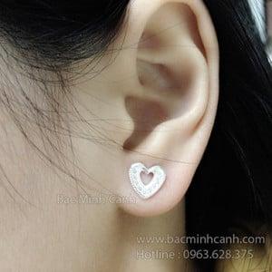 Hoa tai hình trái tim dịu dàng BT048