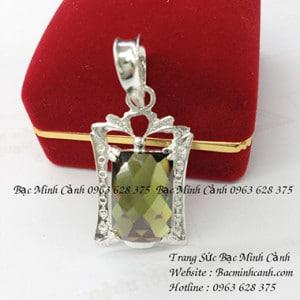 Mặt dây chuyền nam đá xanh rêu MN020
