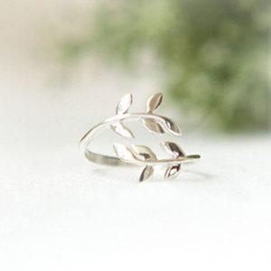 Nhẫn bạc nữ hình chiếc lá NNU085
