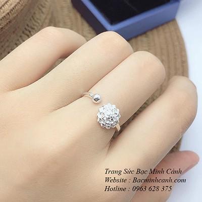 Nhẫn hoa sen trắng free size NNU089