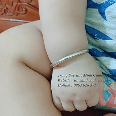 Vòng tay bạc tròn trơn cho trẻ em TE002