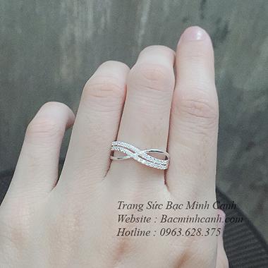 nhan-bac-nu-dang-song-nnu103-1