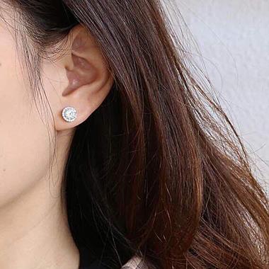 Khuyên tai bạc nữ dạng tròn viền đá BT059