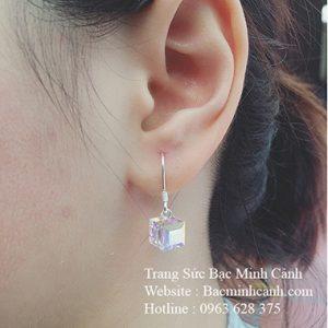 Bông tai hình hộp pha lê BT105