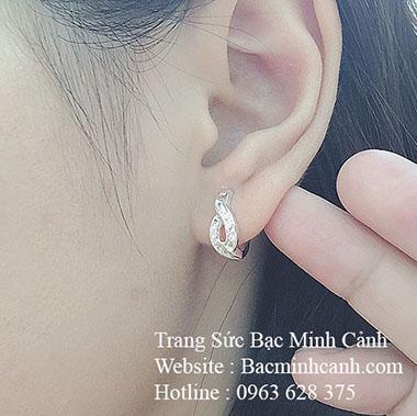 Bông tai bạc nữ dạng khóa bấm BT115
