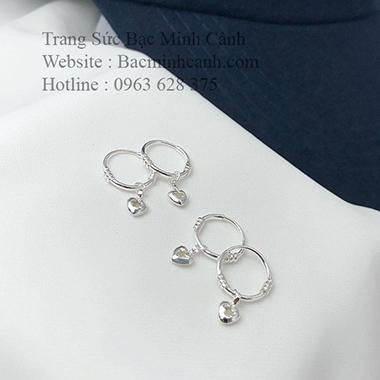 Khuyên tai trẻ em vòng tròn họa tiết trái tim BT128