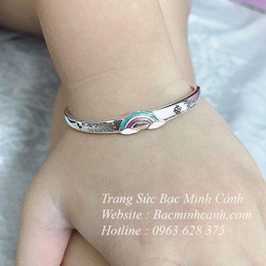 lac-bac-cau-vong-cho-be-2-380x380