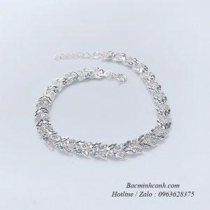 lac-tay-bac-nu-la-lieu-1207-300x300