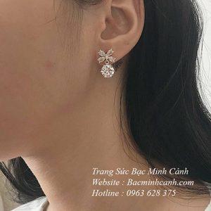 bong-tai-hoa-4-canh-da-treo-1-300x300