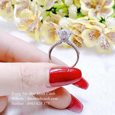 Nhẫn bạc nữ xi kim đá cao NNU129