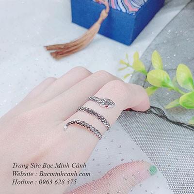 Nhẫn bạc nữ hình rắn mãng xà NNU130