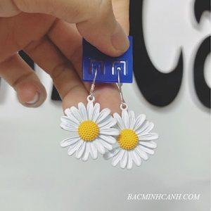 bong-tai-cuc-hoa-mi-moc-treo-bt171-2-300x300