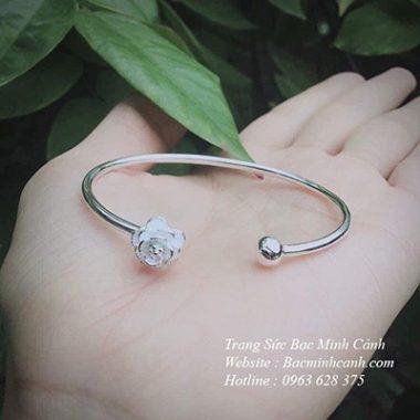 vong-tay-dang-ho-hoa-hong-2-380x380
