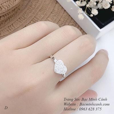 Nhẫn bạc nữ hình trái tim đính đá NNU134