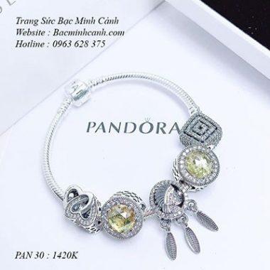 vong-tay-pandora-charm-mau-vang-bacminhcanh-1-Copy-380x380