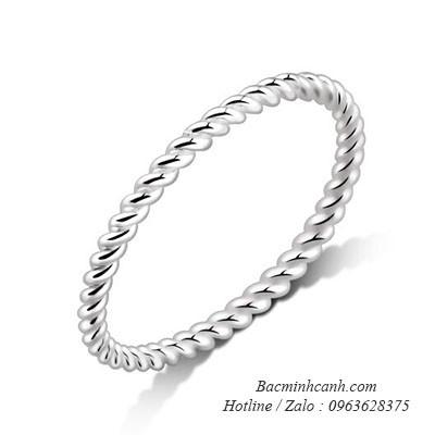 Nhẫn bạc nữ dạng xoắn trơn NNU139