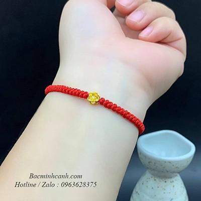 Vòng Tay Chỉ Đỏ Charm Hoa Sen Vàng 24k LTNU208