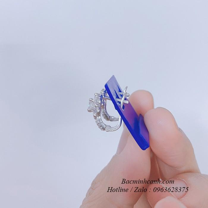 bong-tai-bam-hinh-hoa-bt209-3